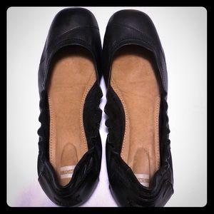 TOMS black leather ballet flats